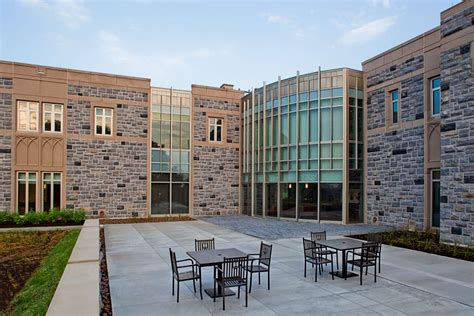 Virginia Tech Mba Admitted Students by Visitors Undergraduate Admissions Center Virginia Tech