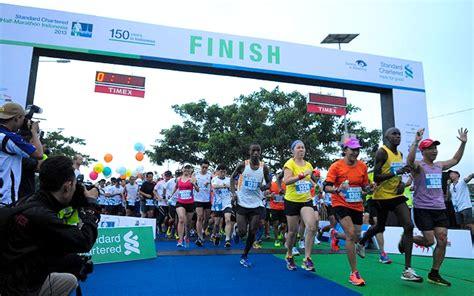Race Standard Chartered Half Marathon Indonesia 2014 the leading standard chartered marathons around the world