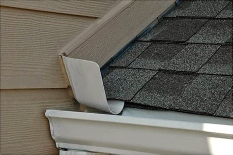 Kickout Hodie 1 1 kick out flashings what they are and why your home may need them be secure home inspections