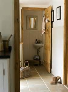 Decorating Ideas Downstairs Toilet Border Oak Downstairs Toilet In A Cottage House