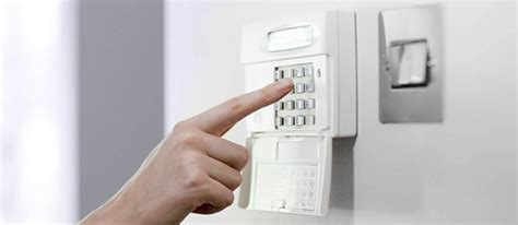 everything you need to about choosing a home alarm