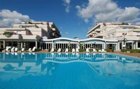 residence club hotel le terrazze residence club hotel le terrazze grottammare
