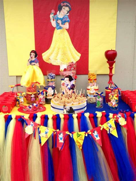 Snow White Birthday Decorations the gallery for gt snow white birthday decorations