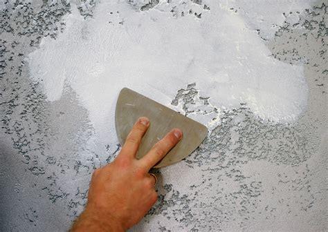 wand glatt spachteln fl 228 chen spachteln 187 f 252 r jedes material eine eigene technik