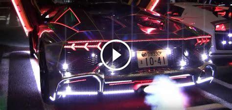 Insane Neon Lamborghini Aventador Spits Flames
