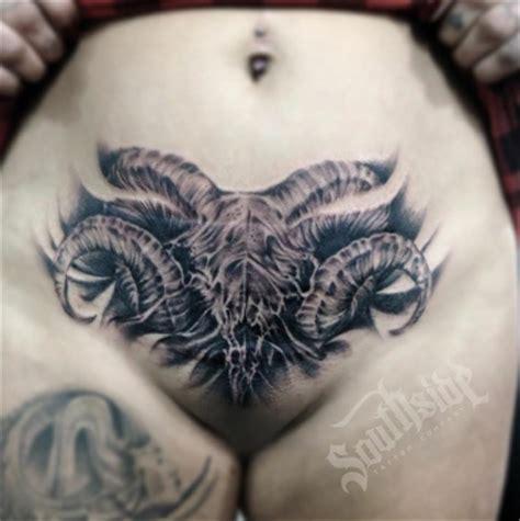 designs on vigina hair vagina tattoos pt 6 inkgeeks tattoos
