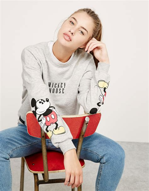 Sweater Disney Bershka by Bsk Mickey Sweatshirt Discover This And Many More Items