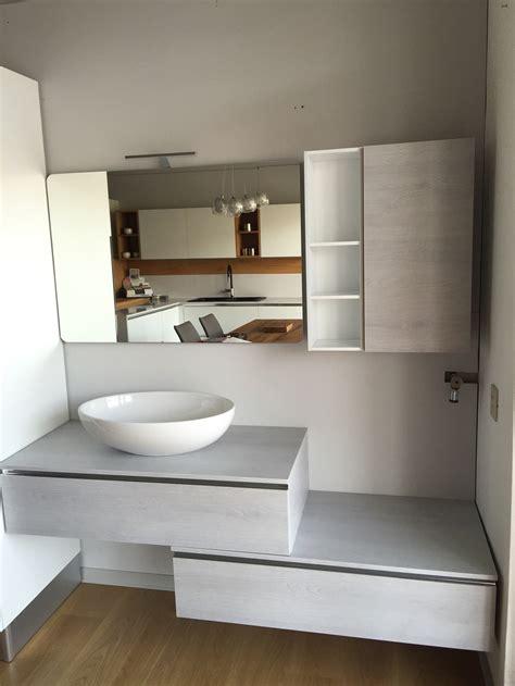 arredo bagno grigio bagno in materico effetto frassino grigio chiaro