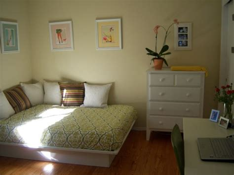 Guest Bedroom Office Ideas Bedroom Space Saving Ideas Home And Hospitality Home Office And Olive Crown
