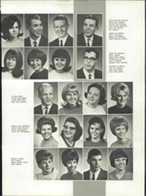 eisenhower high school reveille yearbook yakima wa