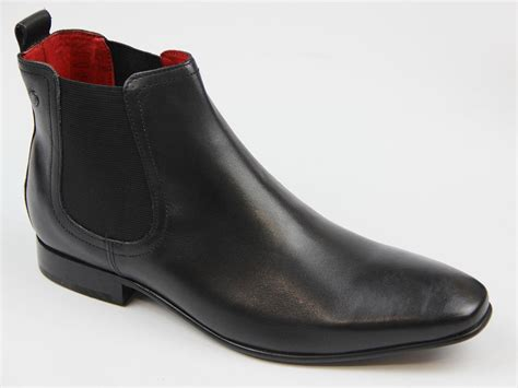 base thread retro mod waxy leather chelsea boots in