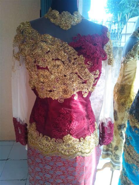 Kebaya Payet Combi Songket kebaya kombinasi warna merah dan emas bagian dada