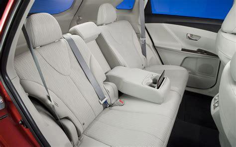 Toyota Venza Seating 2012 Toyota Venza Rear Seats Photo 5