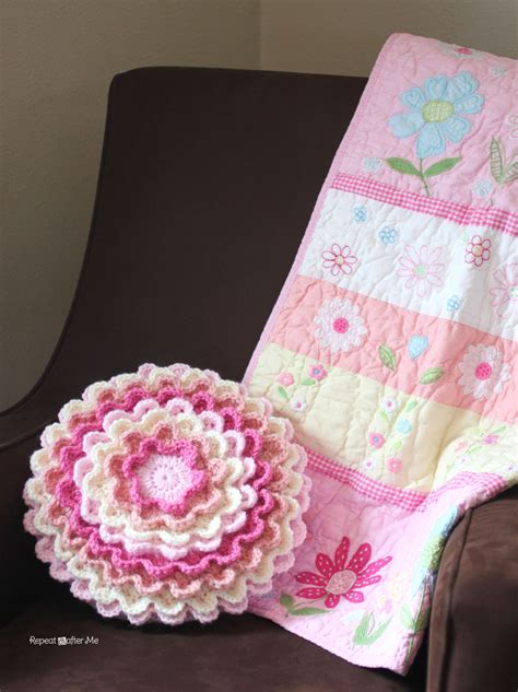 how to crochet a pillow crochet blooming flower pillow repeat crafter me