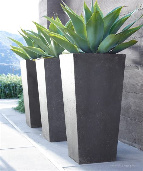Beautify Your Garden With Modern Outdoor Planters 10 Outdoor Planters