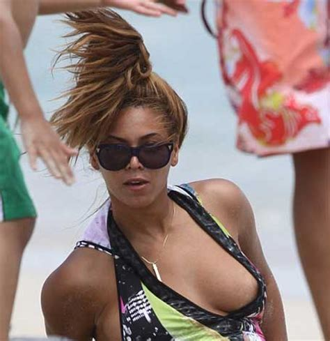celebrity nip sip family time celebrity nipple slips contact the coolest stars free at