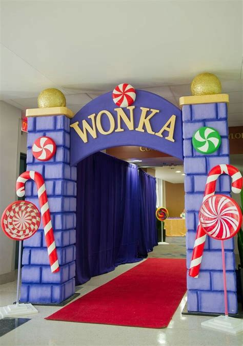 29 best willy wonka set ideas images on willy