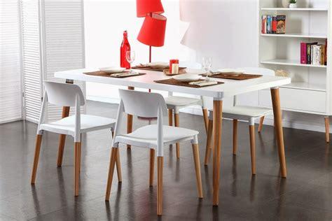 chaise bois blanc salle manger table et chaise a manger pas cher table chaise manger
