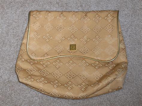 Clutch Cosmetic givenchy gold clutch handbag cosmetic bag handbags purses