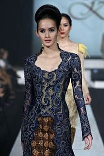 Brokat Brukat Bahan Kain Kebaya Dress Black Series 12 best prada bahan images on