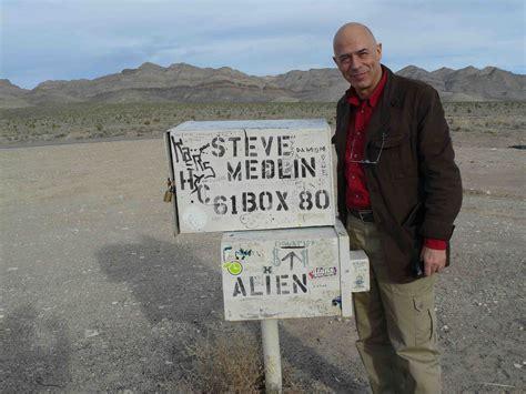 cassetta postale piena dreamland il mio viaggio ai confini dell area 51
