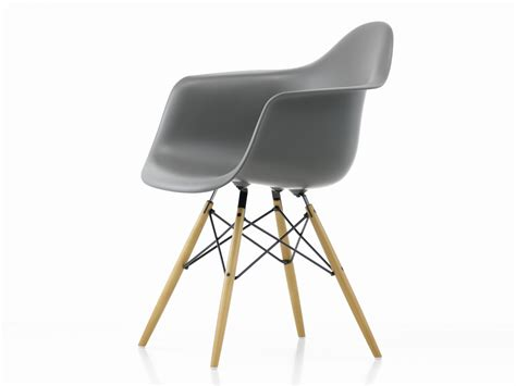 Eames Plastic Armchair Daw by Buy The Vitra Daw Eames Plastic Armchair Golden Maple Base