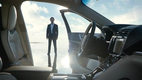 Lincoln Continental Commercial 2017 by Matthew Mcconaughey Pitches 2017 Lincoln Continental In