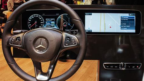 mercedes digital dashboard mercedes benz shows digital dashboard for new e class at