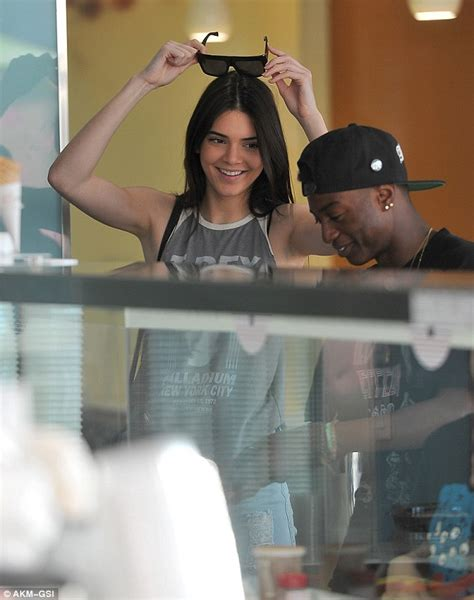 kendall jenner and harry styles were spotted eating together at a kendall jenner enjoys lunch date with a friend as harry