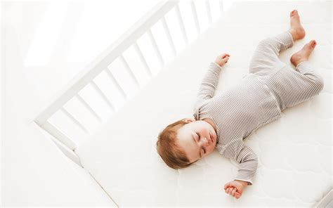 What To Look For In A Crib Mattress Napcident With Newton Baby Project Nursery