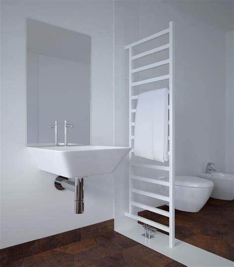 radiateur seche serviette aluminium 2351 s 232 che serviettes simple dw claustra chauffage central