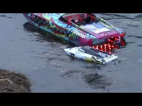 traxxas m41 boat upgrades high speed brushless motor catamaran 6s lipo leopard