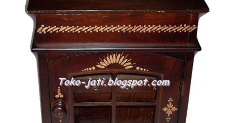 Tempat Kontak Lensa Coklat Bunder kerajinan kayu jati tempat kunci