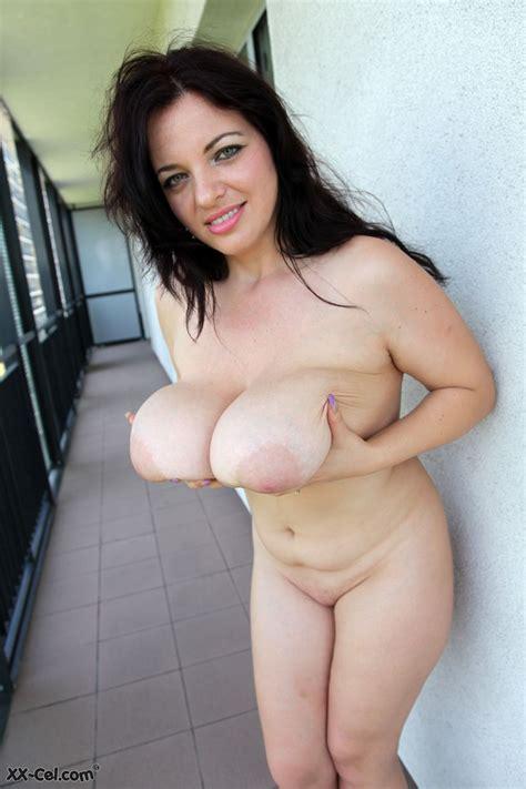 Joanna Bliss Balcony Flasher