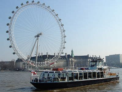 thames boat trips the river thames guide thames cruises and boat trips