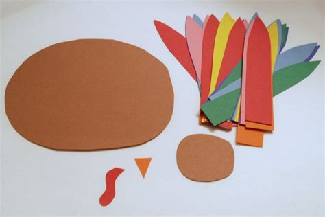 How To Make Feathers Out Of Construction Paper - thankful turkeys endlessly inspired