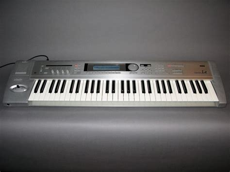 Keyboard Korg Tr korg triton le 61 key workstation electric denim studios