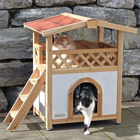 gatos en casa casa para gatos de exterior casa gatos camas y rascaderos