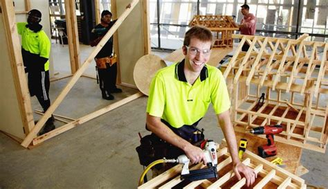 woodworking courses adelaide what does a carpenter apprentice do carpentry howtos