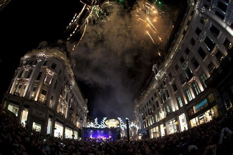 regent street christmas lights leona lewis switches on