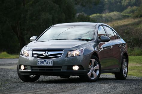 holden cruze cdx 2010 review holden cruze cdx diesel review