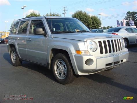 silver jeep patriot 2010 jeep patriot sport in bright silver metallic photo