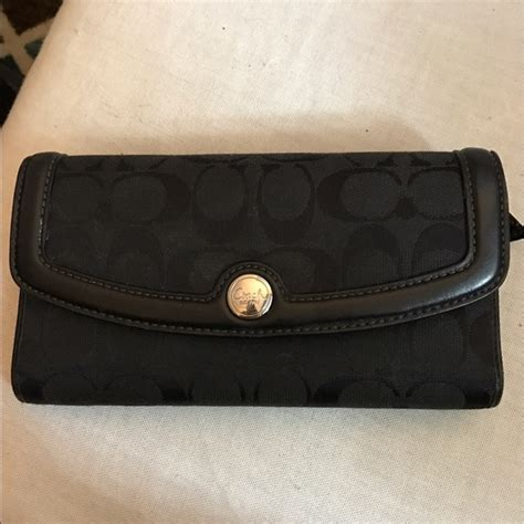 Dompet Coach Original Coach Checkbook Wallet Authentic 2 88 coach handbags authentic coach wallet black with checkbook insert from s closet on