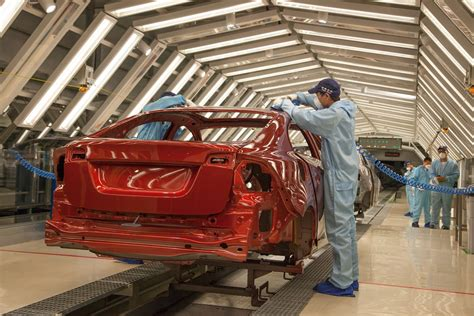 volvo car group starts series production   volvo sl  chengdu manufacturing plant