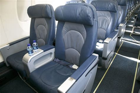 delta airlines comfort class delta upgrade strategy for sm or gm flyers ren 233 s