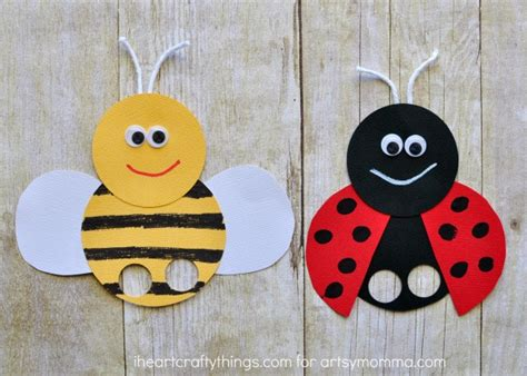 How To Make Paper Finger Puppets - mega adorable ladybug finger puppet artsy momma