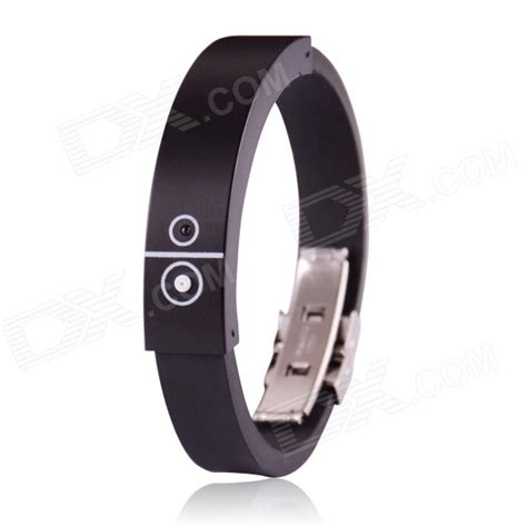Vibrating Wristband Alerts You Of Incoming Calls Techie Divas Guide To Gadgets bluetooth incoming call vibrate alert bracelet black