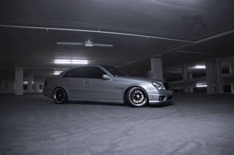 lowered amg w211 e55 amg lowered on hre competitions and tinted