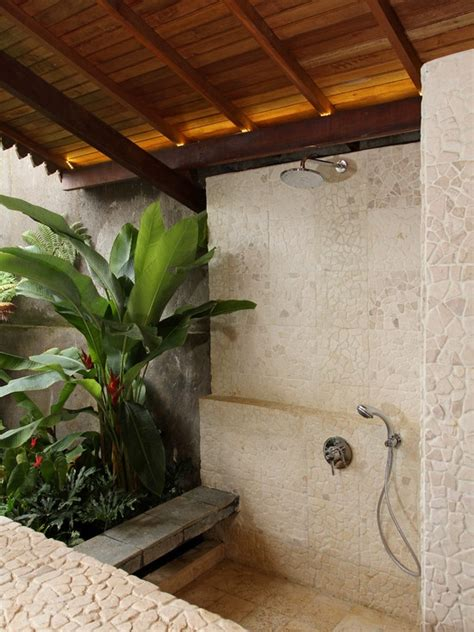 42 amazing tropical bathroom d 233 cor ideas digsdigs