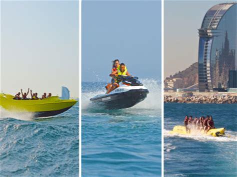 ski boat in spanish crazy pack chicken boat jet ski banana boat spanish